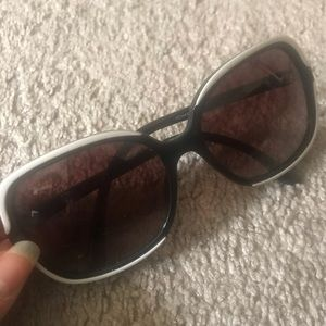 Chanel sunglasses (authentic)